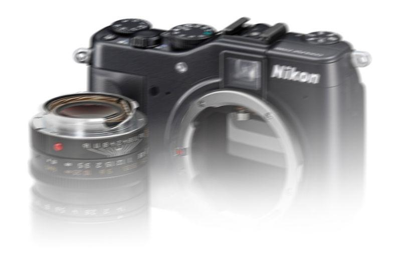 Nikon-coolpix-p7000-side