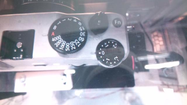 Fuji-mirrorless-camera4