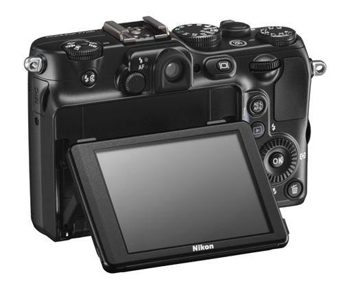 P7100_LCD