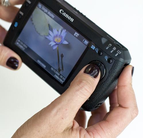Canon_m80_b